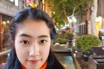 带女儿感受我儿时的杭州,她用vivo S6记录她自己的儿时
